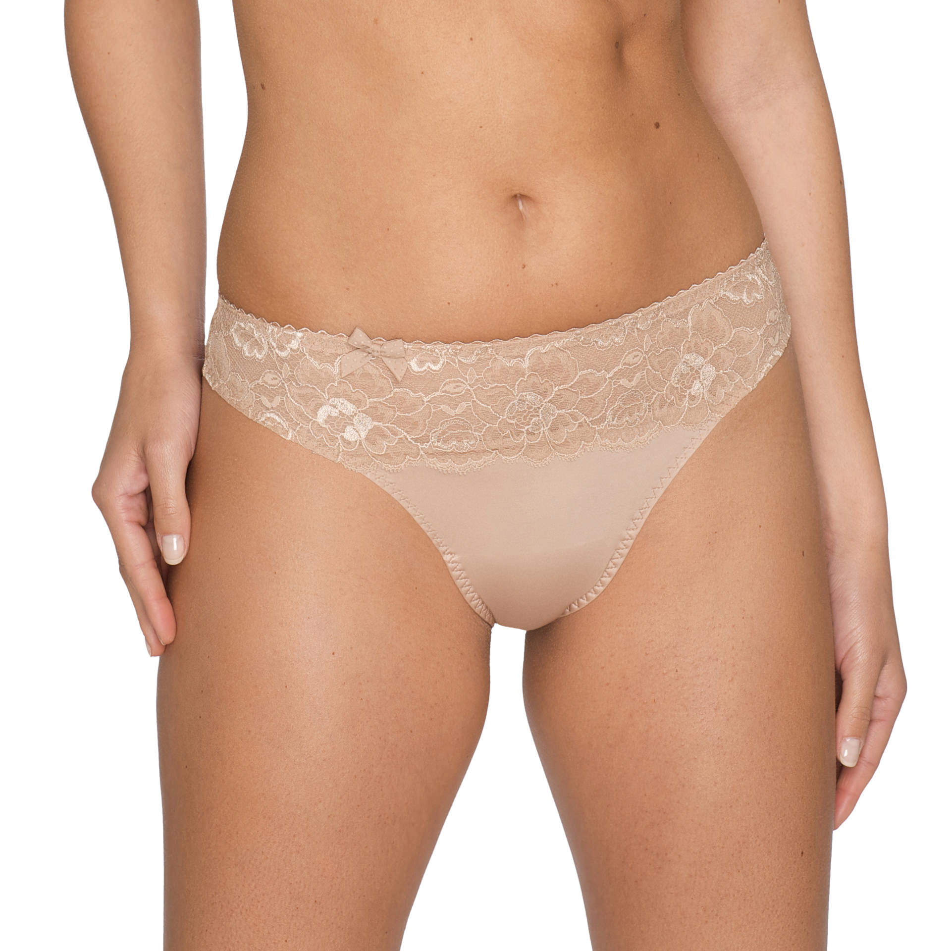 finest selection d35da ac92f Couture String